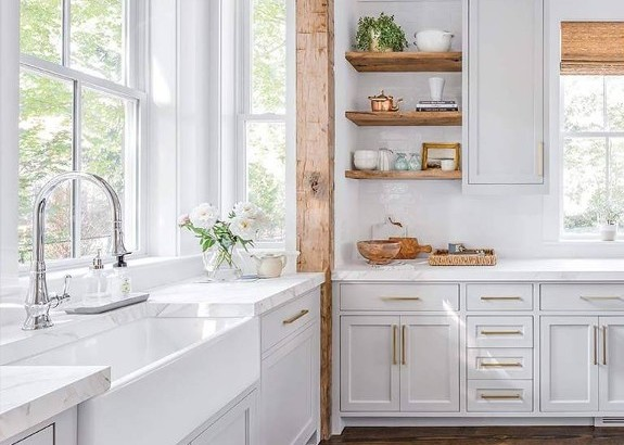 Marble Counter In Beautiful Kitchen